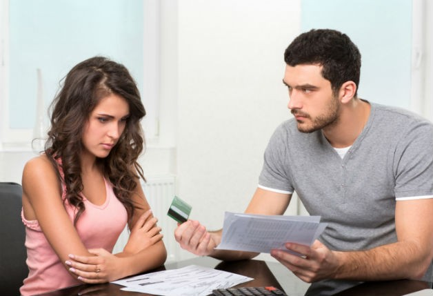 Brigas por dinheiro – O problema dos casais incompatíveis financeiramente