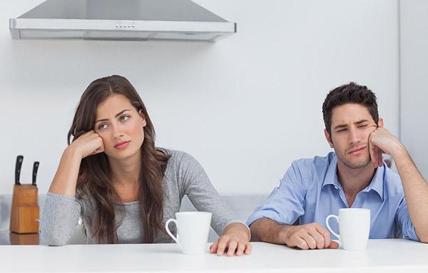 4 indícios de que o relacionamento está caindo na rotina