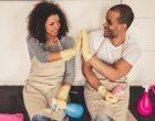 Como tornar a divisão de tarefas domésticos um momento sem conflitos