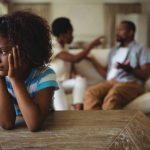 Como brigas dos pais afetam os filhos